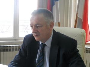 Neminovno smanjenje broja zaposlenih: Dragan Vukajlović